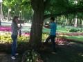 Молодое поколение - старинному парку